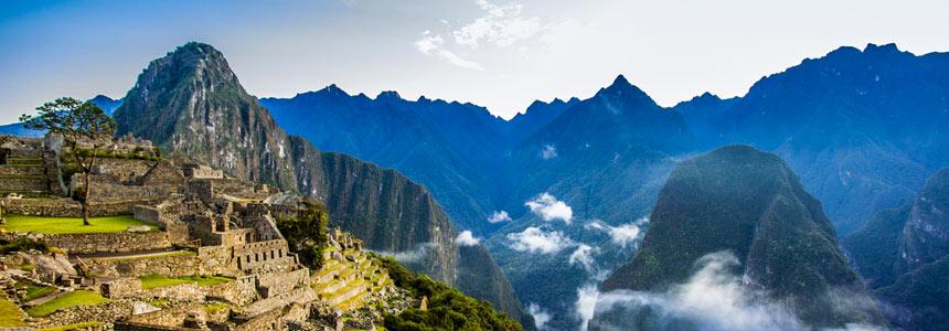 Plundering in Machu Picchu