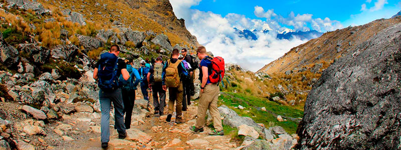 Best Treks: Trekking Salkantay